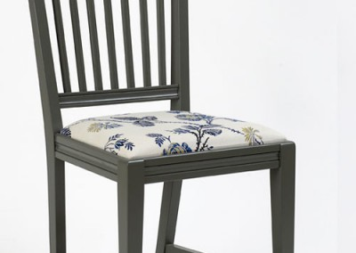Dalhalla upholstered seat
